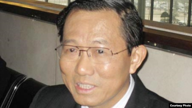 Thứ trưởng Bộ Y tế Cao Minh Quang