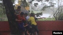 颱風威馬吹襲菲律賓首都馬尼拉時的情況