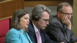 Nuland Supports Ukrainian Reforms