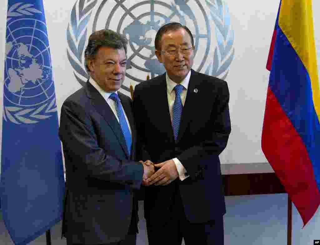 El presidente de Colombia, Manuel Santos saluda al secretario de la ONU, Ban Ki-moon.