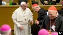Durante el sínodo de obispos se discutirán temas polémicos que cuestiona la iglesia Católica.