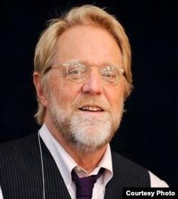 南加州大学传播学教授乔纳森·塔普林