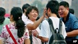 중국 부유층 대다수, 자녀 해외유학 고려
