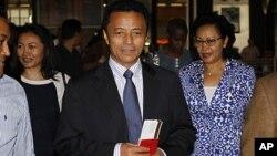 2009년 쿠데타 이후 남아공에 망명해 있는 마다가스카르의 마르크 라발로마나나 대통령. (자료사진)