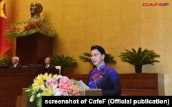 Chủ tịch Quốc hội Nguyễn Thị Kim Ngân phát biểu tại quốc hội hồi tháng 10/2018.