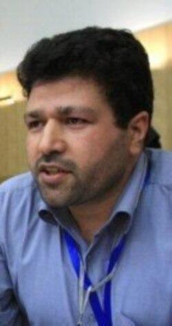 احسان مهرابی: احمدی نژاد از حضور در مجلس استقبال می کند