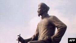 Tết, đọc lại thơ Nguyễn Du
