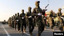 رژه گروه شیعه بسیج نیروهای مردمی عراق