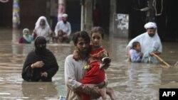 Lụt ở thành phố Karachi của Pakistan
