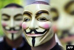 İnternet Korsanları CIA Sitesini Vurdu