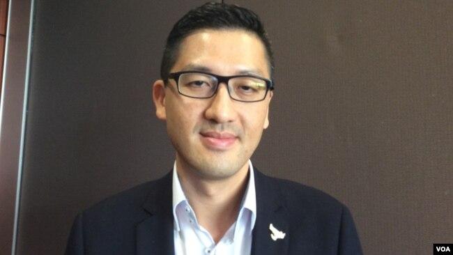 香港立法會議員林卓廷(美國之音記者申華拍攝)