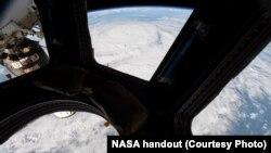 Bão Harvey nhìn từ Trạm Không gian Quốc tế hôm 25/8.