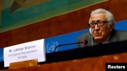 Utusan PBB dan Liga Arab Lakhdar Brahimi, dalam konferensi pers di markas besar PBB di Jenewa (27/1).