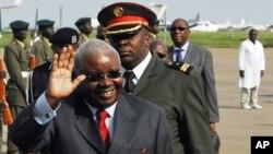 Contente. Armando Guebuza, presidente de Moçambique