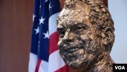 纪念尼克松总统百岁冥诞