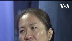 Mẹ Nấm bật khóc khi nói về quyết định sang Mỹ