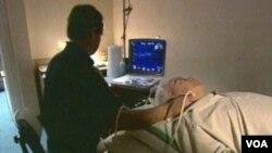 El informe indica que algunos hospitales intentan sacar provecho de los temores de los consumidores.
