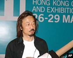 中国参展艺术家黄锐