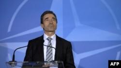 Tổng thư ký Rasmussen nói rằng NATO sẽ tiếp tục không kích cho tới khi nào mọi cuộc tấn công thường dân chấm dứt