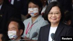 TT Đài Loan Thái Anh Văn phát biểu nhân Ngày lễ Quốc Khánh bên ngoài Phủ Tổng Thống ở Đài Bắc, Đài Loan, ngày 10/10/2020. REUTERS/Ann Wang
