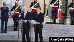 Premijer Britanije Boris Džonson i francuski predsednik Emanuel Makron na konferenciji za novinare u Jelisejskoj palati, 22. avgust 2019.