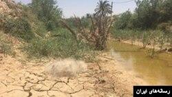 خشکسالی در ایران موجب خشک شدن رودخانه کرخه در استان خوزستان و بی آبی در هویزه شده است.