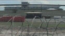 زندانی سابق گوانتانامو تسلیم می شود