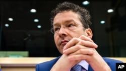 Menteri Keuangan Belanda dan kepala grup euro Jeroen Dijsselbloem di Brussels (24/2). (AP/Geert Vanden Wijngaert)