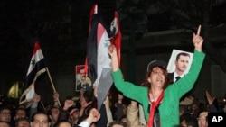 敘利亞民眾抗議總統阿薩德。