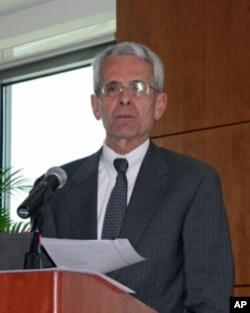 乔治华盛顿大学国际关系教授沙特