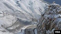Wilayah Afghanistan tengah dilanda hujan salju lebat sejak awal pekan ini.