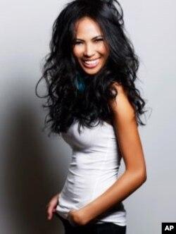 ນິດຕະຍາ ປານມາໄລທອງ Miss Minnesota USA 2012