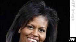 ABŞ-ın birinci xanımı Mişel Obama Meksikaya səfərindən öncə yölüstü Haitidə olub