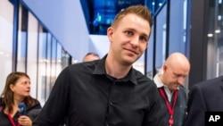 Anh Max Schrems, người khởi kiện hiệp định bảo vệ dữ liệu xuyên-Đại Tây Dương, tại Tòa án Công lý Châu Âu ở Luxembourg, ngày 6/10/2015.