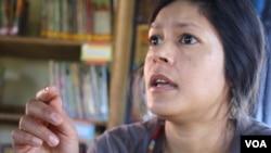 Rejane Woodroffe, director of the Bulungula Incubator [BI] NGO (D. Taylor/VOA)