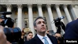 Majkl Koen ispred federalnog suda u Njujorku