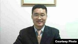 廣州維權人士唐荊陵