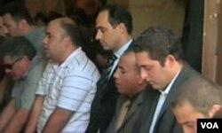 Mubarakov sin, Gamal na molitvi, u sredini