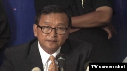sam rainsy denies preliminary election in a press conference, 130729