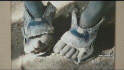Волонтер із США винайшов довговічне взуття для бідних дітей з Африки. Відео