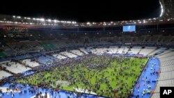 Uma bomba explodiu perto do Estádio de França. Nov. 13, 2015.