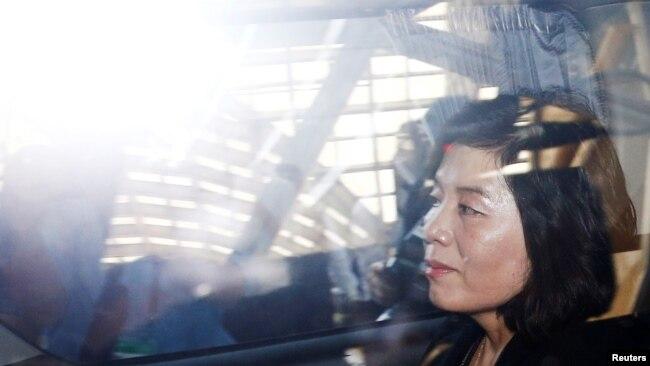 朝鮮副外長崔善姬2018年6月11日與美國官員會談後離開酒店(路透社)