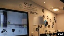 دومین روز نمایشگاه محصولات الکترونیکی CES - یخچال و ماشین و ربات برای زندگی راحتتر