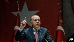 ترک صدر رجب طیب ایردوان نے کہا ہے کہ وہ ہر صورت خشوگی کے قتل کی تحقیقات کو منطقی انجام تک پہنچائیں گے۔