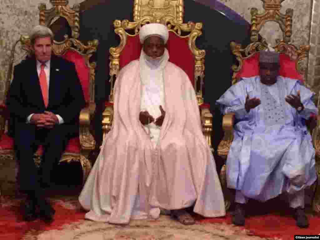 NIGERIA: John Kerry a Sokoto tare da Sultan da gwamnan jihar Waziri Tambuwal