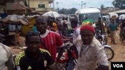 Une campagne de lutte contre la maldie à virus Ebola en Guinée