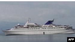 Arrijnë anijet e para turistike në bregdetin jugor të Shqipërisë