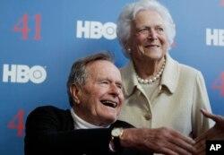 Джордж Буш і Барбара Буш. 2012р.