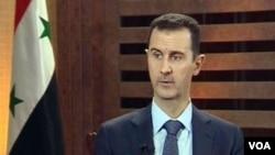 Suriya prezidenti Bashar al-Assad Aduniya TV xususiy stansiyasiga intervyu bermoqda, 29-avgust, 2012-yil.