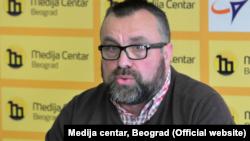 Arhiva - Novinar Stefan Cvetković na konferenciji za štampu.